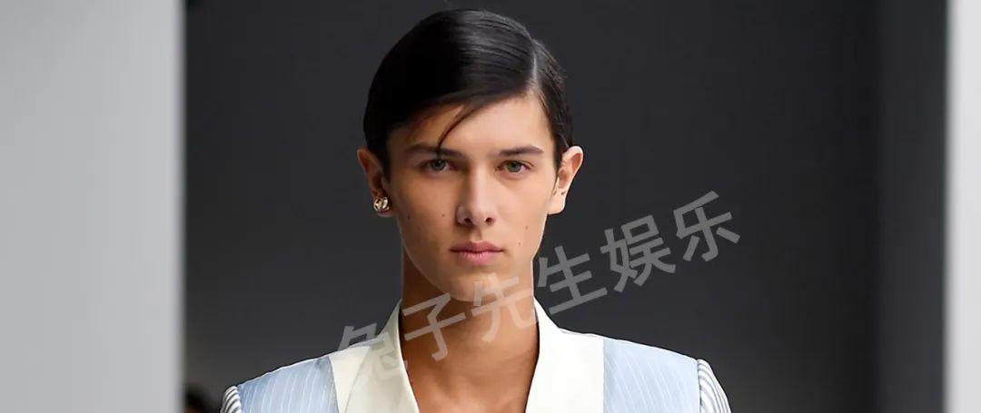 丹麦华裔王子有双绿眼睛,放弃王室做模特,搂着胖女友口味好怪