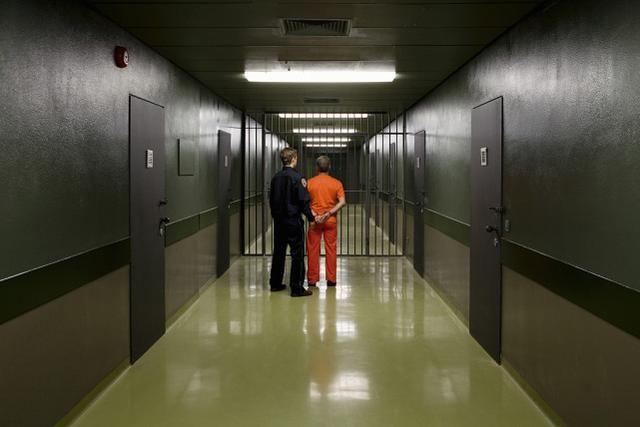惊人报告,今年纽约监狱的自杀人数超过过去五年总和