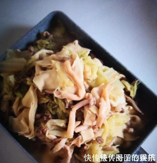 它是腸道「通便器」,隔三差五吃一碗,排除黑臭宿便,抹平大肚腩
