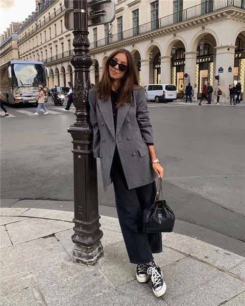 普通女性穿款式,精致女性穿风格,学会这样穿做精致女性