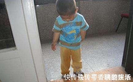 丽丽 家长情绪失控到底多可怕?4岁女孩拉裤子,妈妈一时气愤猛踹一脚