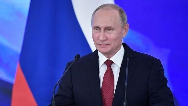 """當著全世界的面,普京對美國下""""最後通牒"""",還給中國送來大禮"""