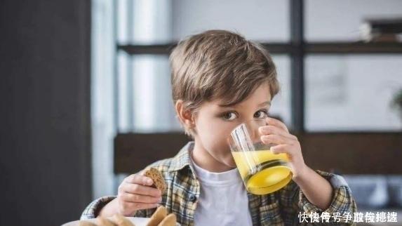 「中國糊弄式早餐」悄然興起,傷害孩子身體健康,父母還覺得省事