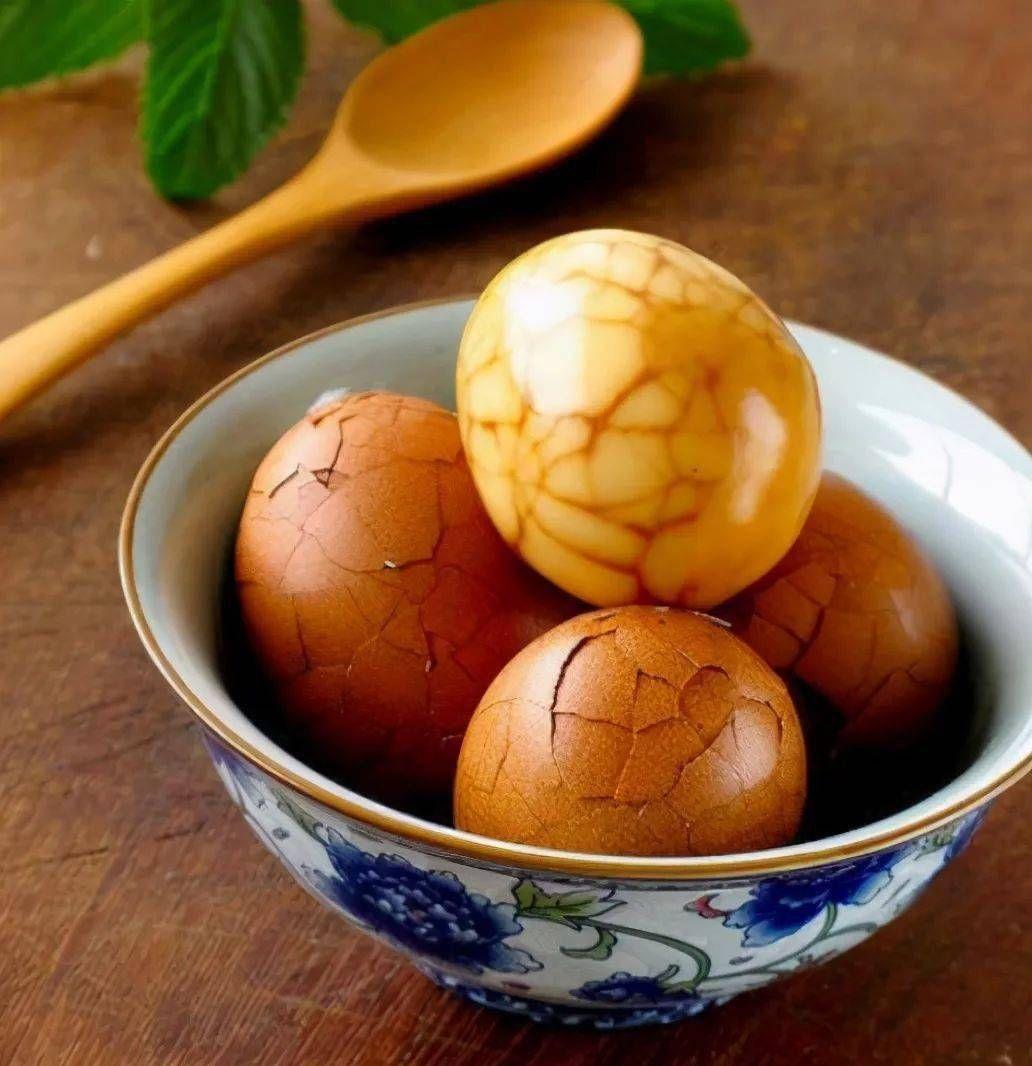 煮茶葉蛋,牢記3技巧,個個虎皮紋,又香又入味,擺攤賣也沒問題
