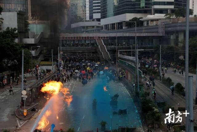 乱港组织煽动十一游行,香港警方发出反对通知书