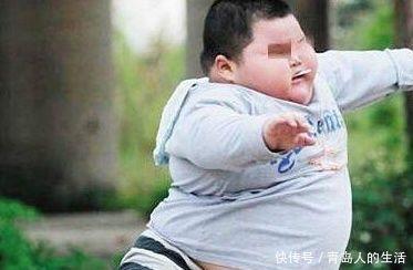 孩子身體有3個「跡象」,說明快要停止長高,家長抓緊補鈣機會
