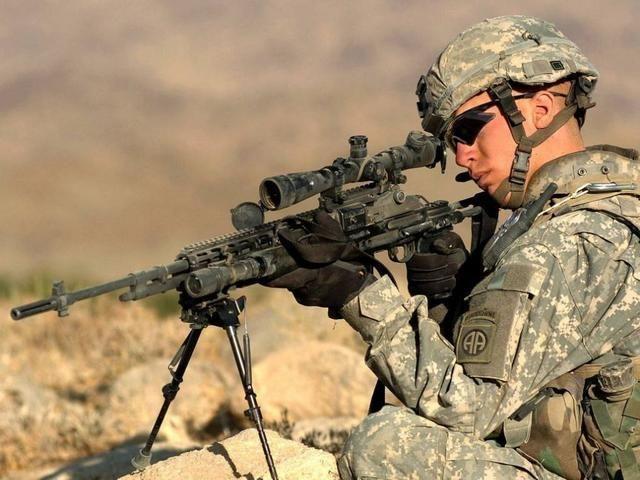 射程|美国巴雷特射程1800米,俄国SVD射程1300米,中国M99是多少