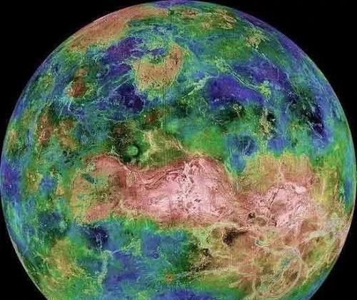 金星已經邁入太陽系生命宜居帶,大氣層正在形成,人類能否移居金星很簡單