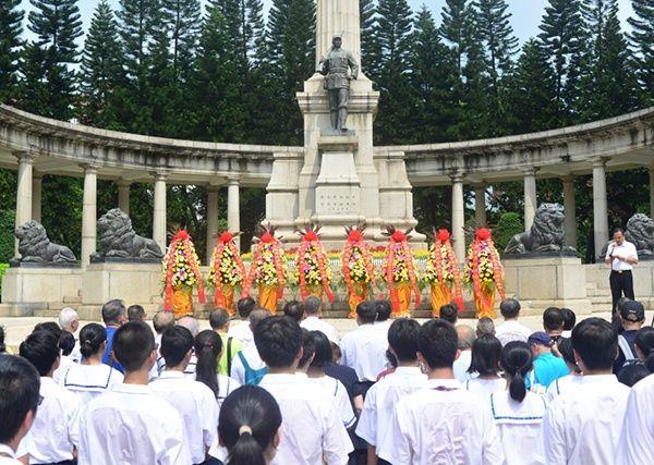 广州:十九路军陵园举行烈士纪念日活动