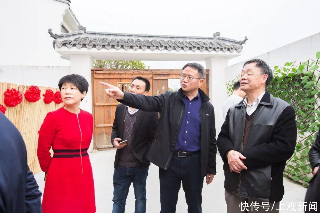 沪上诗人赴奉贤采风,描绘城乡发展,弘扬传统文化