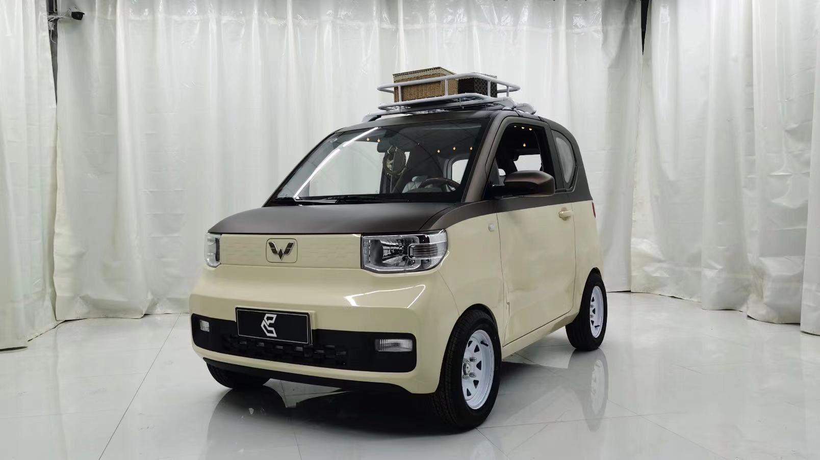 五菱宏光miniEV改裝輪轂案例,這小車真好玩