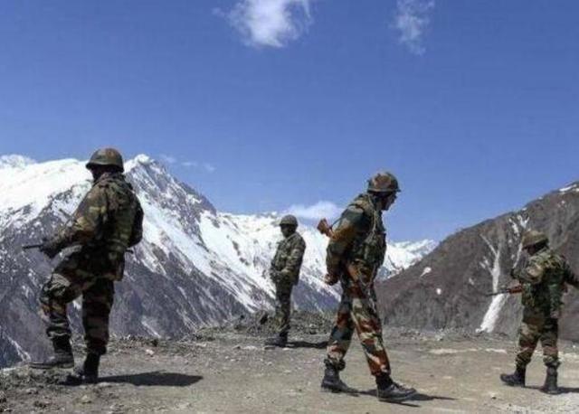 中國援助印度疫情,印軍卻在邊境搞事,欲搶占戰略要地對華反擊?