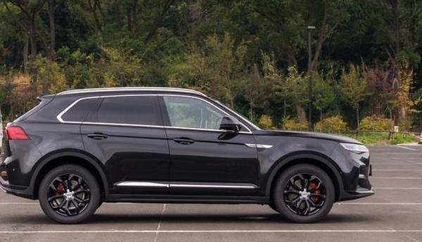 """值得买的""""经济型""""SUV,全系2.0T+8AT带全景天窗LED灯,不到12万"""