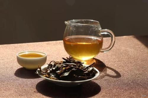 """夜读 千古奇书《金瓶梅》,就连喝茶也这么""""重口味""""!"""