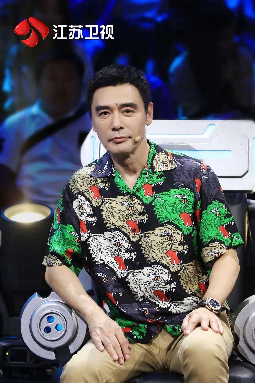 钟镇涛大笑、方俊落泪,今晚《蒙面舞王》发生了什么?