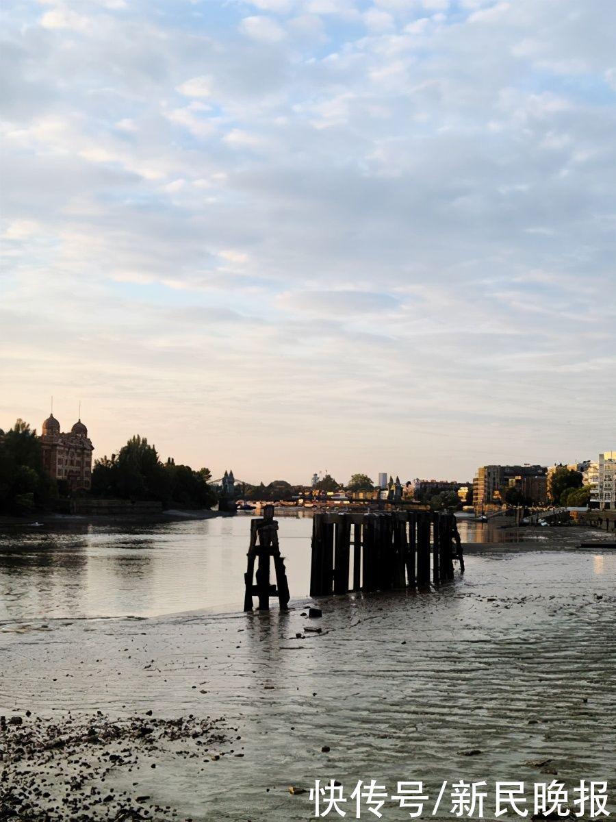 家住泰晤士河边