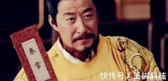 朱元璋 七品县令私斩三品官员,皇帝大怒,县令回8个字,连升4级!