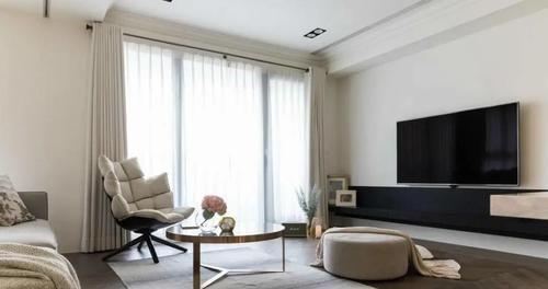 客厅与书房 女医师的58㎡现代混搭风单身公寓,简洁的设计,温馨又舒适!