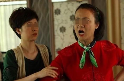 小王|说好二胎随妈姓,结果产下双胞胎婆家不干,网友要彩礼没