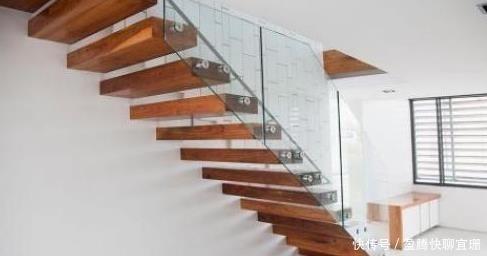 心理測試:四種樓梯,你會選擇哪個?一秒測出你在傢中的傢庭地位