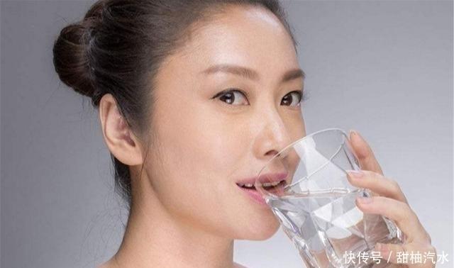 """多喝水不如会喝水,一天中喝水的""""最佳时间点"""",早知早受益"""