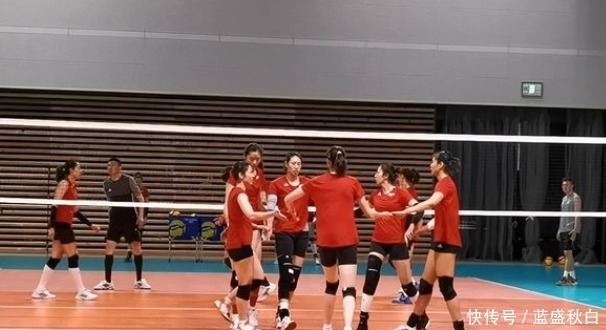 中國女排疑似再添3傷員!3人皆是球隊首發,郎平未來已有工作重點!