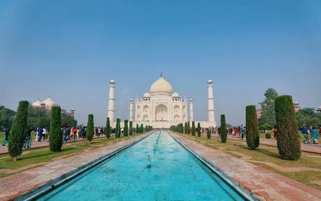"""印度最伟大的建筑,因爱情而生,被列入""""世界新七大奇迹""""之一"""