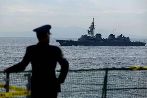 4國集結11艘軍艦逼近東海,其中還有兩艘準航母,中國要小心瞭!