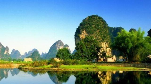 中国适合老年人旅游的三座城市,名声大门票实惠,值得一去!