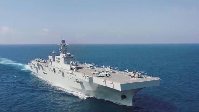 港媒:為何說075型兩棲攻擊艦將是小型航母平臺?秘密在它舷號上
