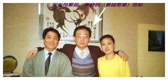 姜昆成名路上不可或缺的一個貴人,他還為牛群馮鞏寫過一個《小偷公司》