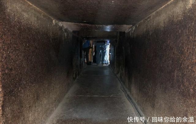 走进 跟随镜头走进埃及金字塔内部,看完后还怀疑这是外星人的杰作吗