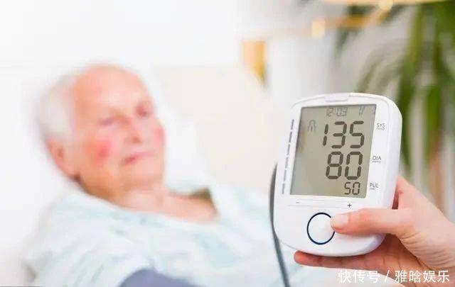 糖尿病者,身體出現4種表現,或是尿毒症「找上門」,莫忽視