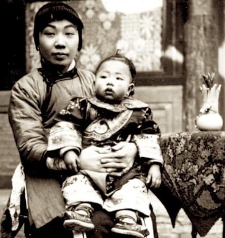 罕见历史老照片:揭露晚清女子真面貌,最后一张李鸿章夫人赵小莲