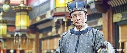 古代的皇帝如何解決文官集團威脅皇權的問題?
