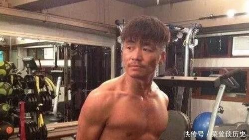 彭于晏:看我的腹肌,郭富城:我也有,王宝强:我就笑笑不说话!