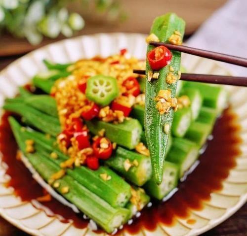 美食涼拌菜推薦:涼拌皮蛋豆腐,涼拌菠菜金針菇,涼拌秋葵