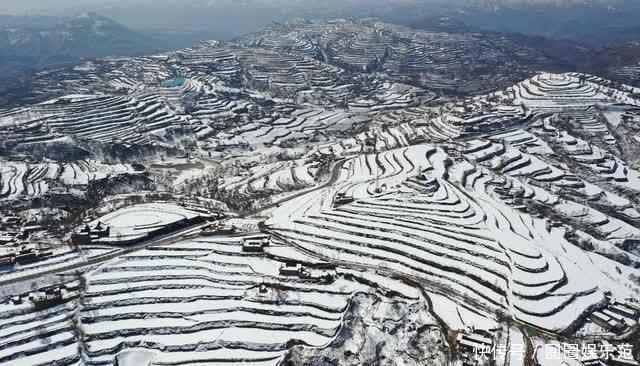 甘肅臨夏:雪霽梯田