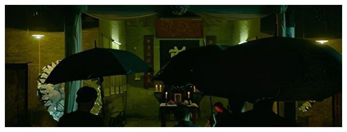 張頌文「雙面人」的身份很意外,《掃黑·決戰》的原型究竟有多狠