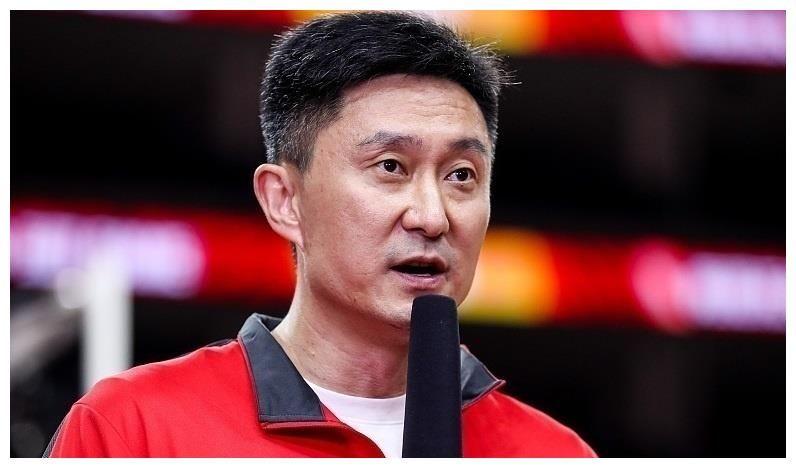 官宣!中國男籃十二人最終名單出爐,郭艾倫周琦領銜宏遠3人入選
