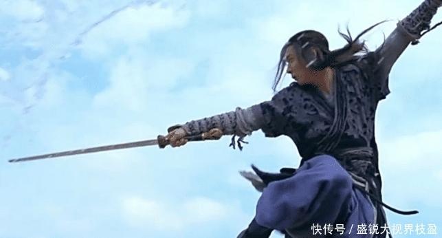 独孤九剑真能破尽天下武功?金庸借三位高手解答,还不如玄铁剑法