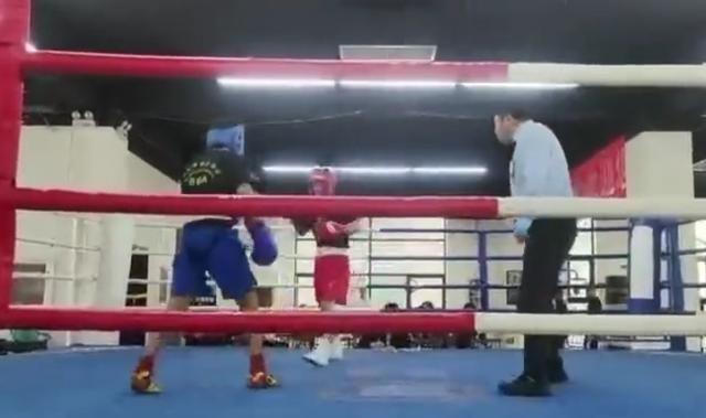 中國拳王炮轟行業亂象:某協會讓專業拳手打業餘愛好者,為瞭賺錢