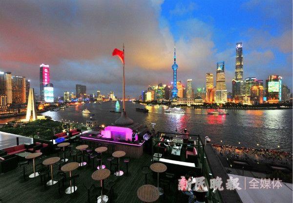 """""""阿拉身边的代表""""为人民城市一路奔忙!上海各级人大代表全力以赴,履行职责使命"""
