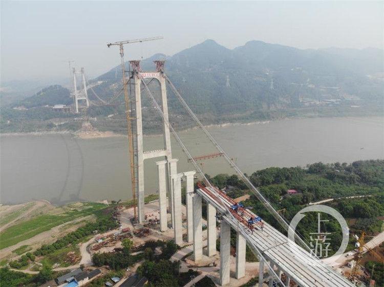 將串起多條射線!合璧津高速油溪長江大橋主纜架設完成