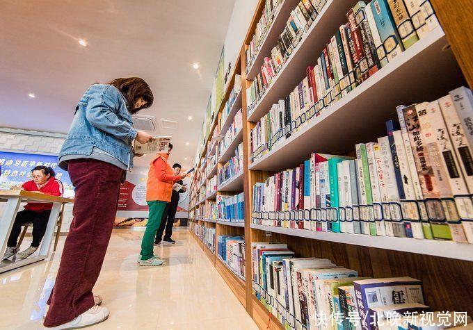 我國國民紙書和數字化閱讀率逐年上升,成年人人均每年閱讀4.7本紙書