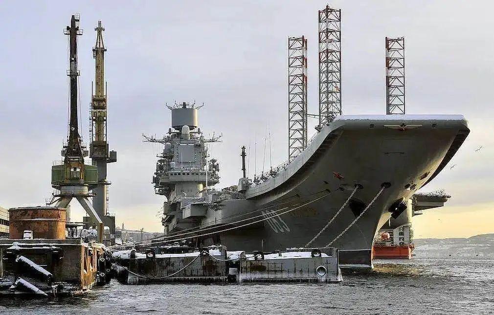 俄羅斯將新建3艘航母