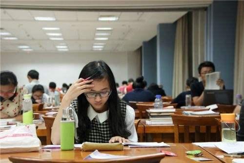 名校 为什么那么多人努力备考,但大部分都考研失利呢?原因有这3条!