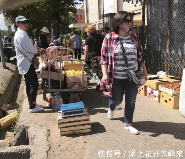 """""""购买食物是最怕的环节"""",在哈萨克斯坦的留学生:想回"""