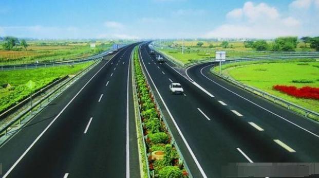 为什么高速两边50米内不能种庄稼而要绿化?原因就是这样而已