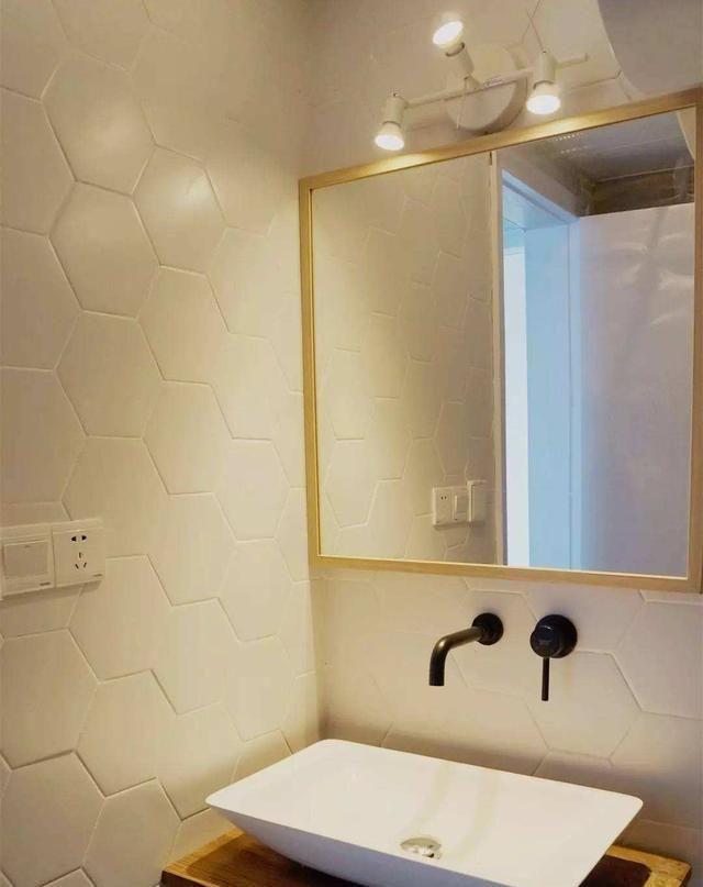 谁qq有簧片_如果能重装卫生间, 我绝不会再这么蠢, 风暖正对淋浴区, 相当白装